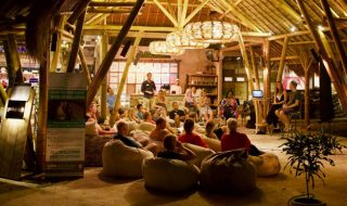 Genuis Cafe, Sanur Bali featuring Laptop Warriors Guest Speakers
