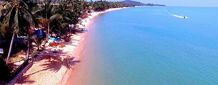 Maenam Beach in Koh Samui Thailand