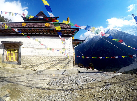 Temple on the mountain of Upper Pissang