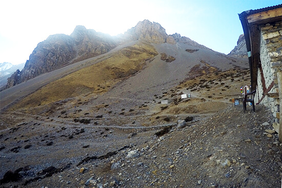 From Thorong Pedi to High Camp on the Annapurna Circuit Trekking Guide